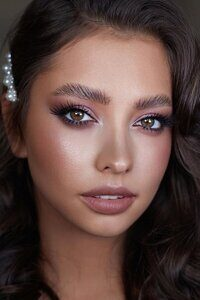 bridal-makeup-trends2020-12