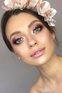 bridal-makeup-trends2020-1