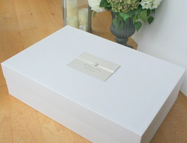 ava-wedding-dress-box-660x506